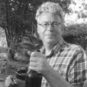 Photo of Gordon Stewart